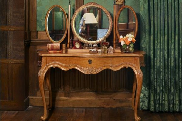 Dressing Tables and Desks