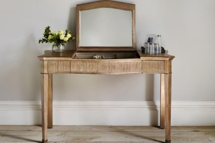 Eclectic Leafed Dressing Table