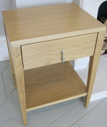 Battersea Bedside Unit (Sheen Lacquer) - Ex Display