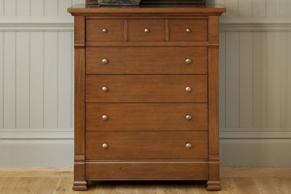 Manoir Chest of Drawers