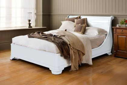 Manoir Painted Socle Bed