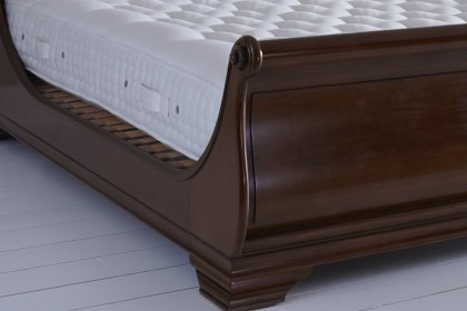 Vispring Bedstead Distinction Mattress Only