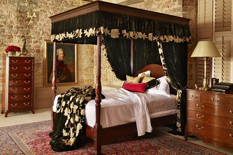 And So To Bed Georgian Four Poster Bed