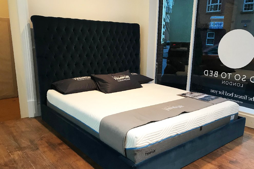 6' Super King Size Emilia Grand Bedstead (no legs) - EX DISPLAY
