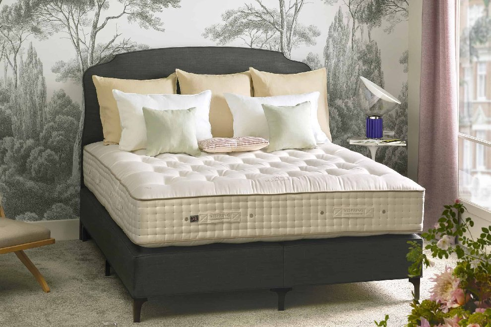 Vispring Magnificence Mattress & Divan Set